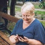 Pourquoi opter pour un téléphone spécial pour seniors ?