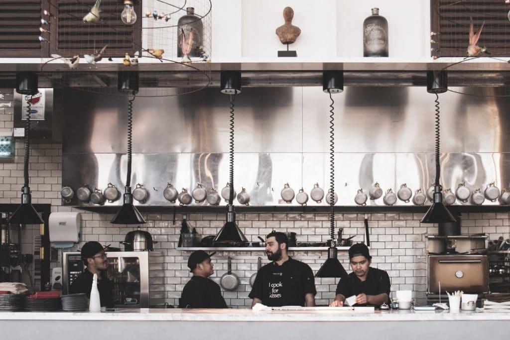 Restaurateurs : facilitez-vous la vie grâce à la technologie