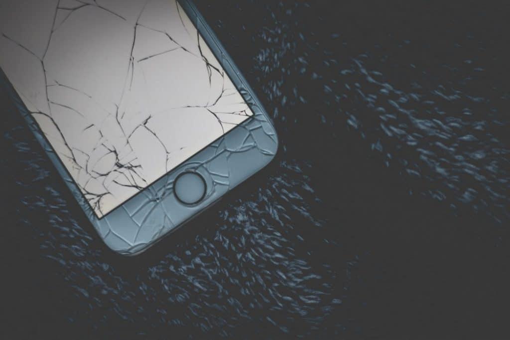 Quels sont les signes d'un téléphone briqué?